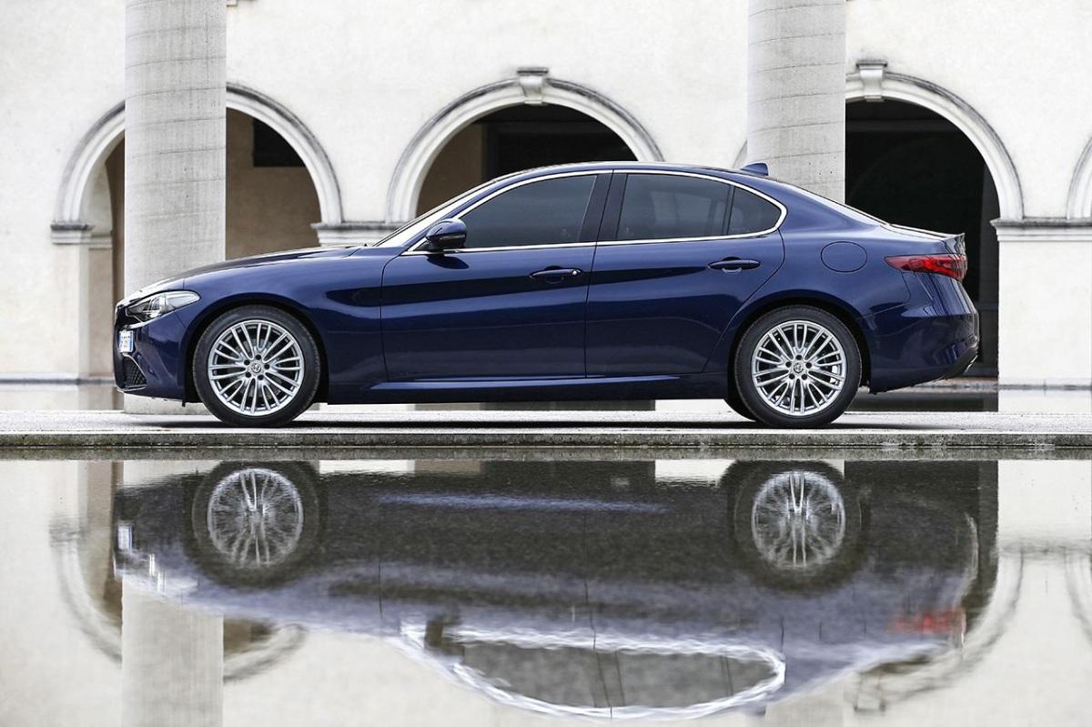 160510_Alfa-Romeo_Giulia_11_edited
