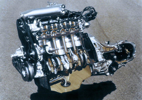 1976: World premiere of the first Audi five-cylinder gasoline engine