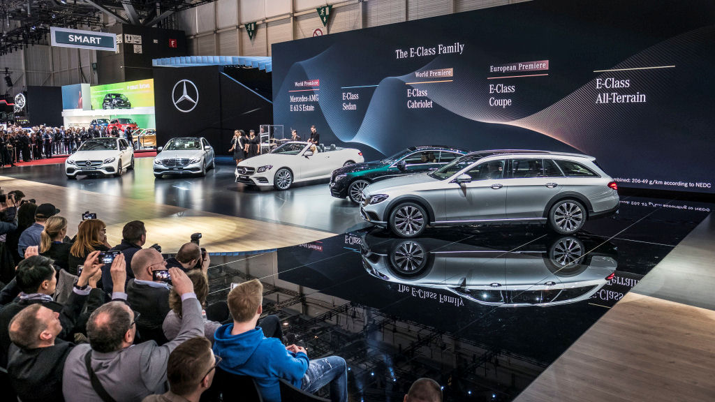 "Mercedes-Benz auf dem Internationalen Automobil-Salon Genf 2017: Rebecca Ferguson und Band präsentieren ihren Hit ""We'll be fine"" im Rahmen der Pressekonferenz. ; Mercedes-Benz at the 2017 Geneva International Motor Show: Rebecca Ferguson and band presenting their hit ""We'll be fine"" at the press conference.;"
