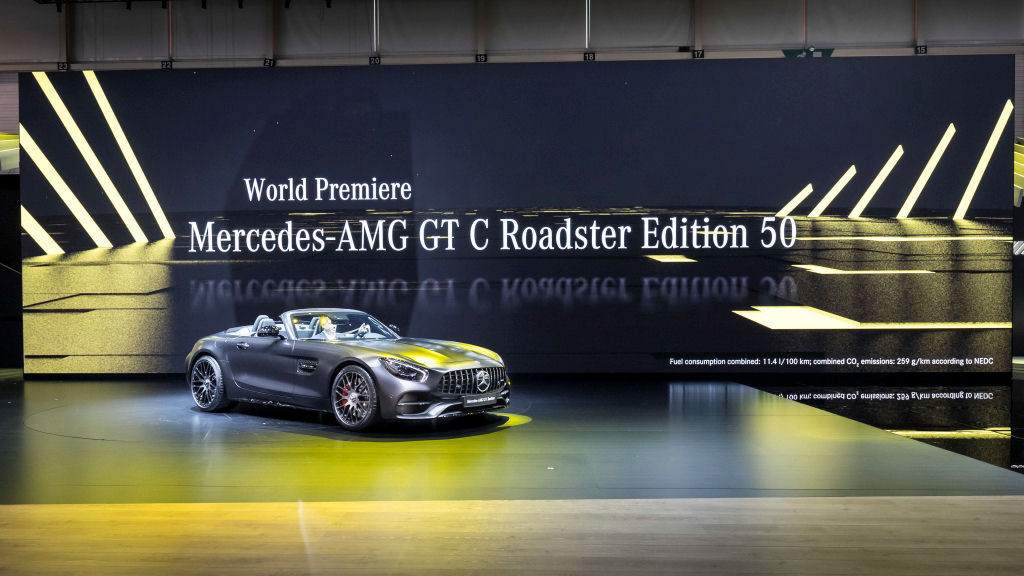 Mercedes-AMG GT C Roadster auf dem Internationalen Automobil-Salon Genf 2017. ;Kraftstoffverbrauch kombiniert: 11,4 l/100 km; CO2-Emissionen kombiniert: 259 g/km Mercedes-AMG GT C Roadster at the 2017 Geneva International Motor Show.; Fuel consumption combined: 11.4 l/100 km; combined CO2 emissions: 259 g/km