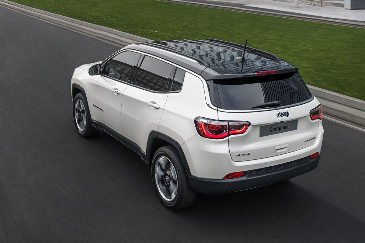 170307_Jeep_All-new-Jeep-Compass_06