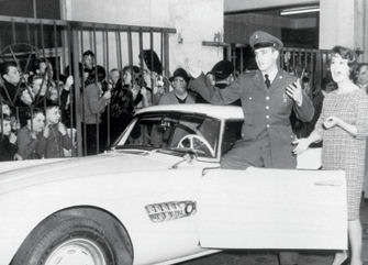 Elvis voor BMWcrop