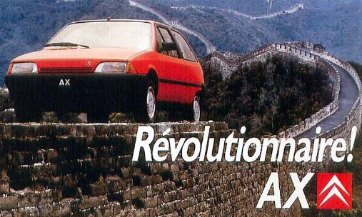 Citroen AX op muur